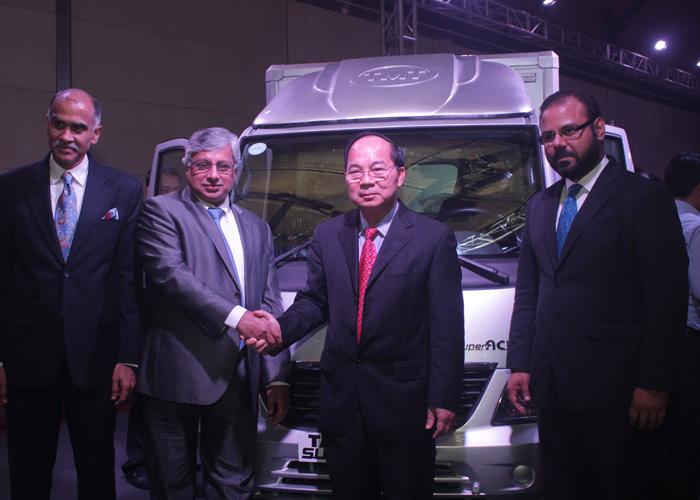 Tata Motors launches TATA SUPERACE mini-truck in Vietnam