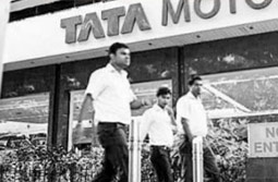 Tata Motors plans test trials for electric vehicles across India